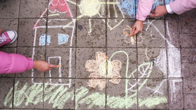 sidewalk-chalk